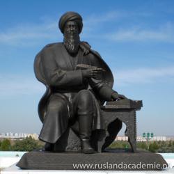De nationale dichter van Turkmenistan: Makhtumguly (1724-1807) / Foto: © Bruno Ghuijs.